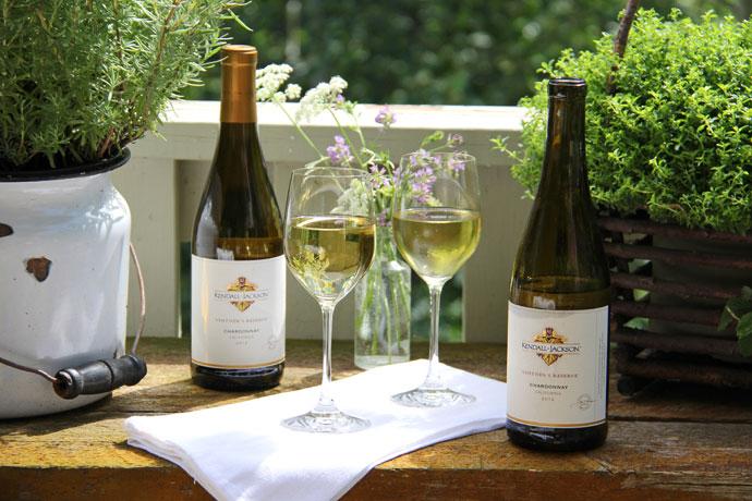 Garden Wine Party {A Pretty Life}