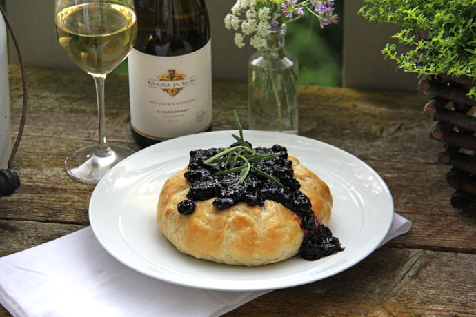 Puff Pastry Baked Brie with Blueberry Chutney {A Pretty Life}