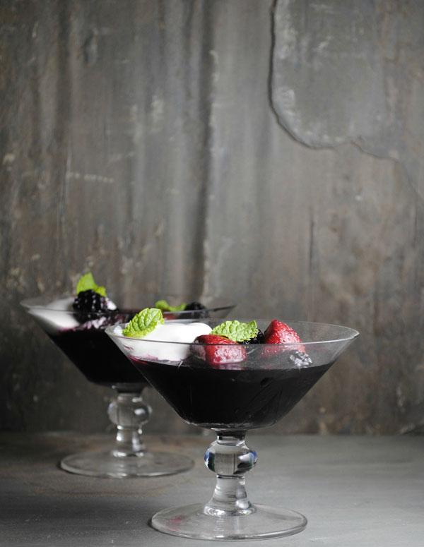 Kendall-Jackson-Summer-Mingle-Berries-wine-AVANT