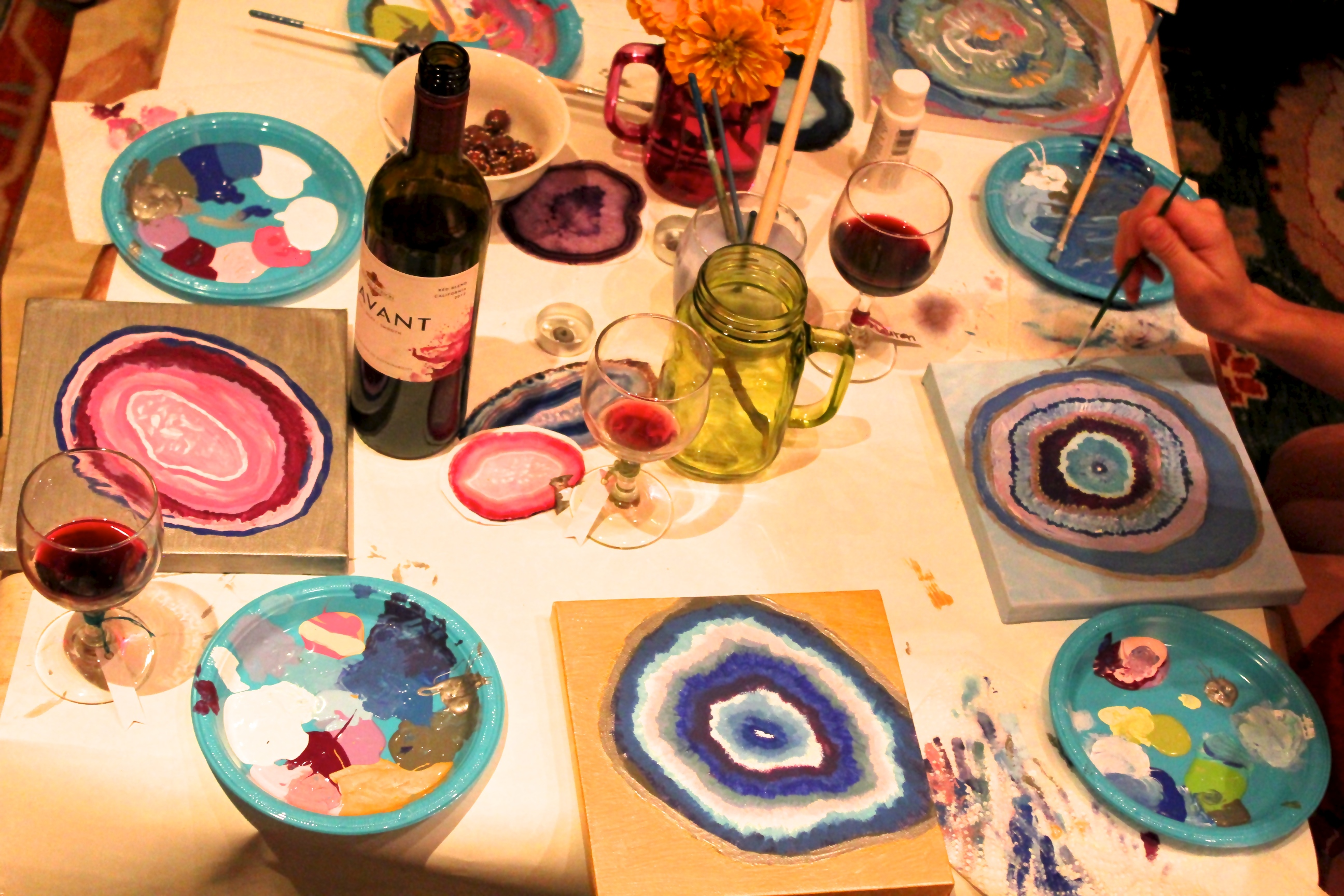 Girls gone paint art and wine party for Wine paint party
