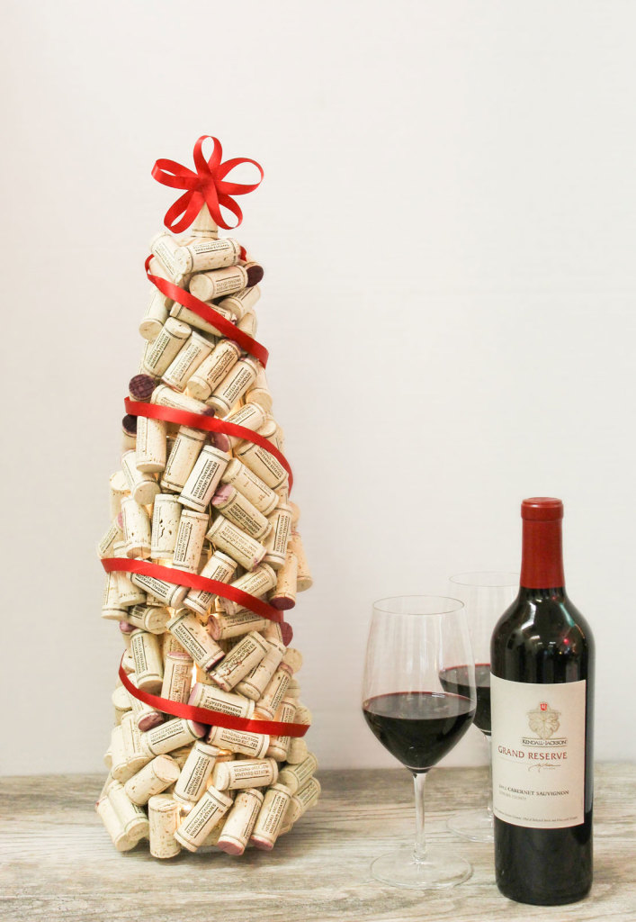 how to put a cork back in a wine bottle