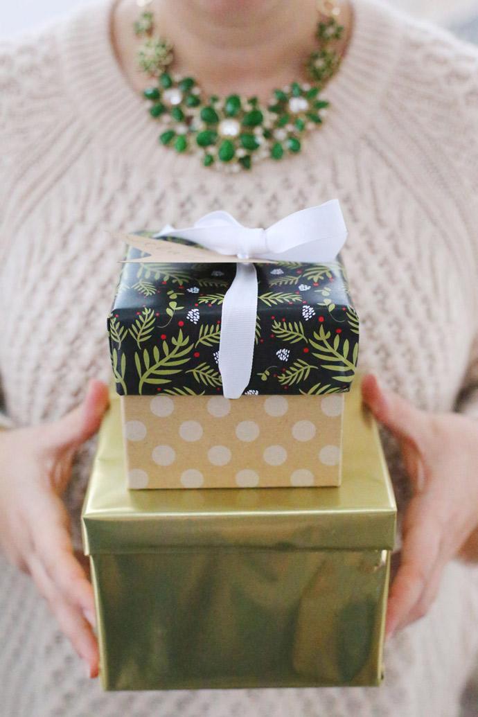 DIY Printable Gift Wrap + Tags
