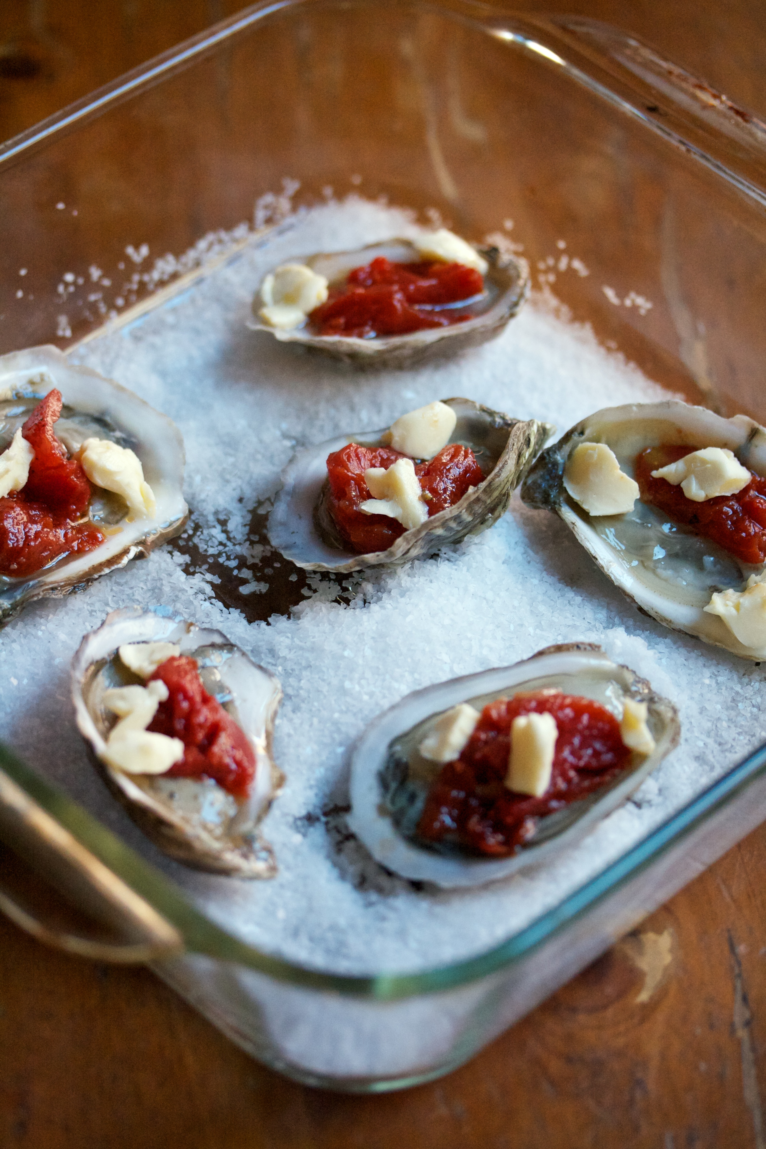 Baked Oysters Topped with Roasted Tomatoes