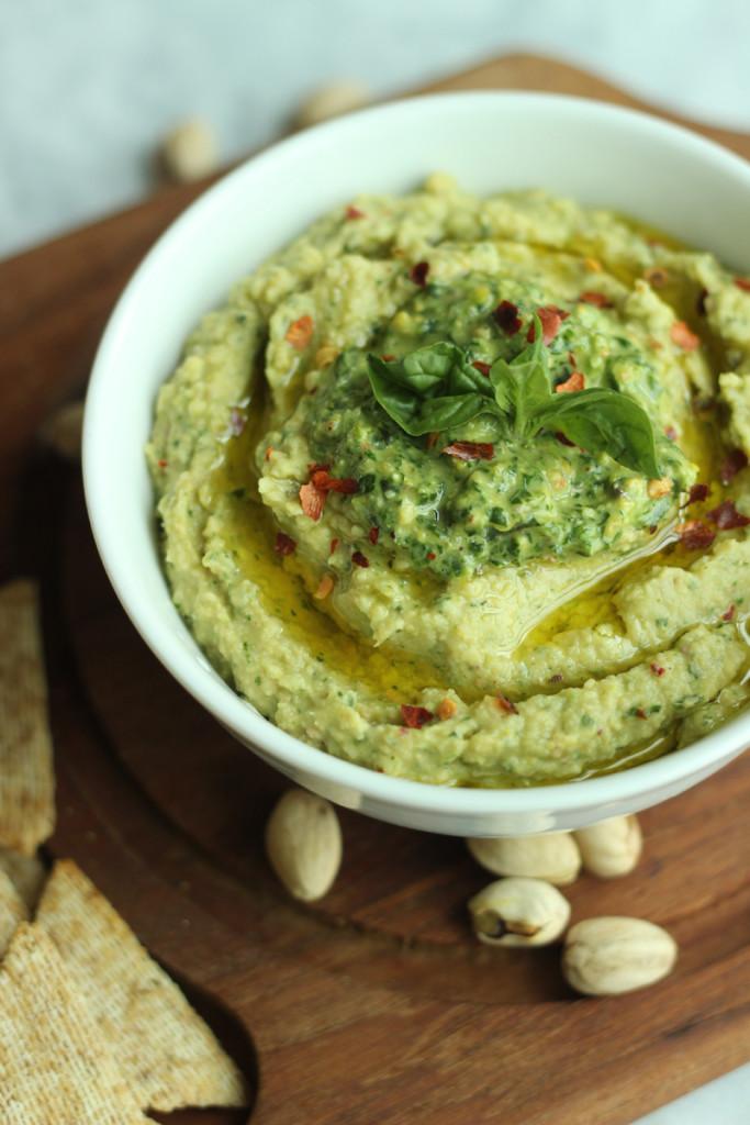 Pistachio and Spinach Hummus #Recipe