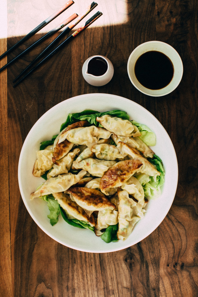 You can take your favorite Chinese restaurant off speed-dial with these super easy, homemade and healthful spring vegetable potstickers. #recipe
