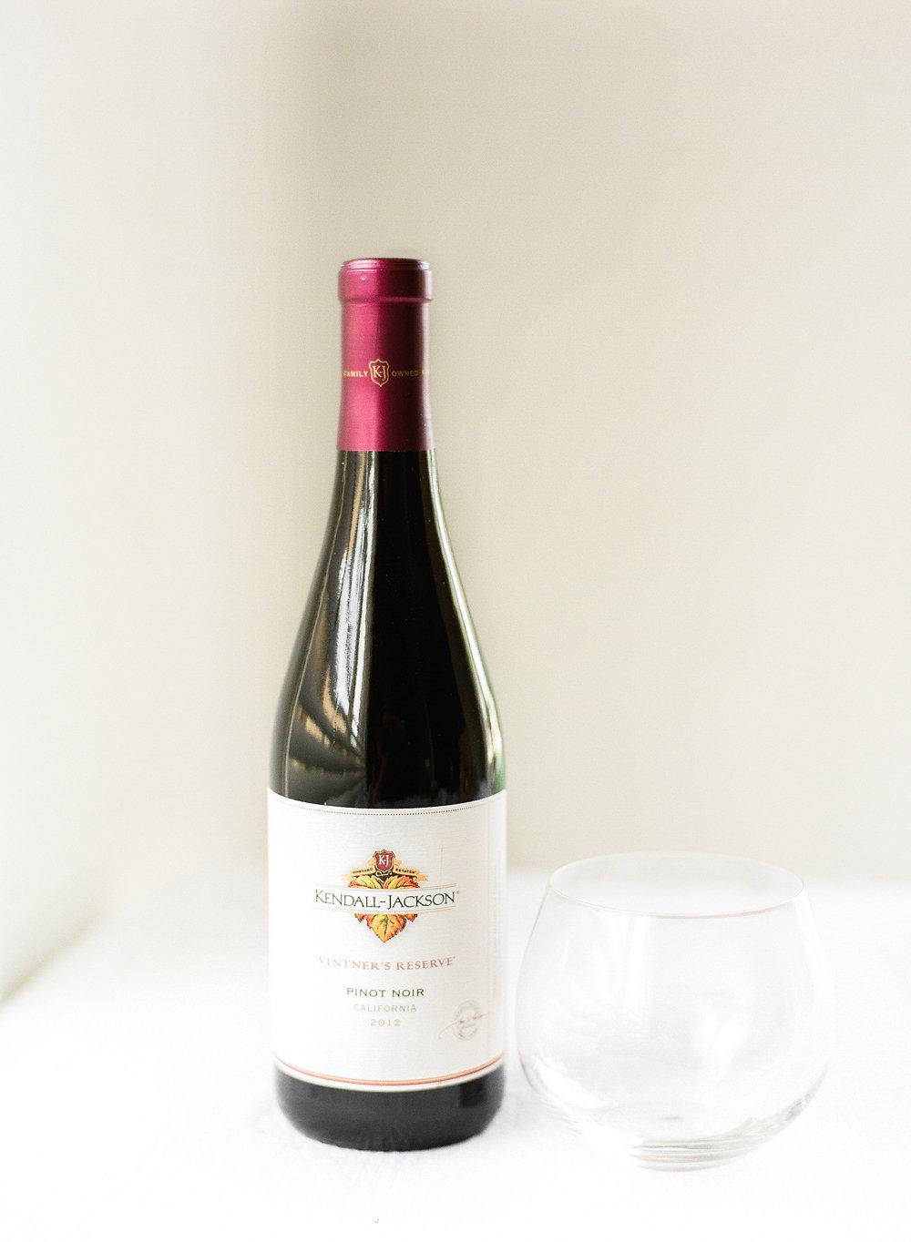 Blackberry Pistachio Flatbread with Vintner's Reserve Pinot Noir
