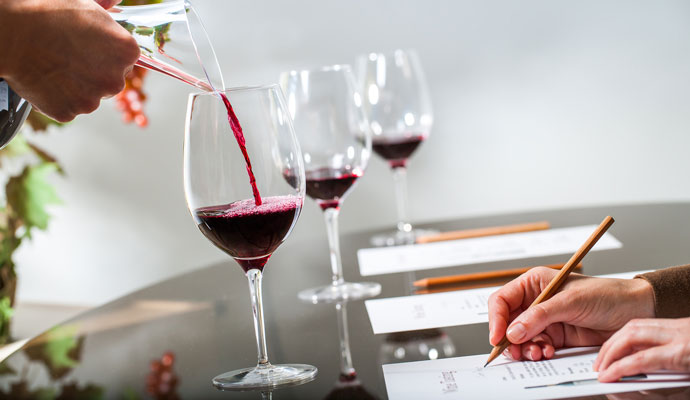 How to Do a Deductive Wine Tasting
