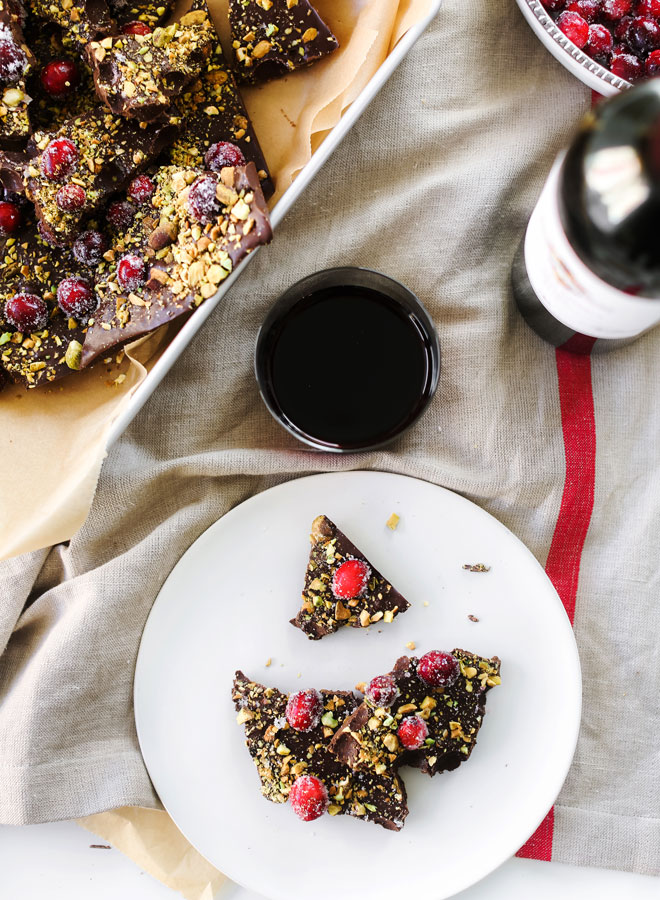 This Christmas Chocolate Bark is perfect for teacher's presents, to give as last minute gifts to the girlfriends, or to bring to as a hostess gift.