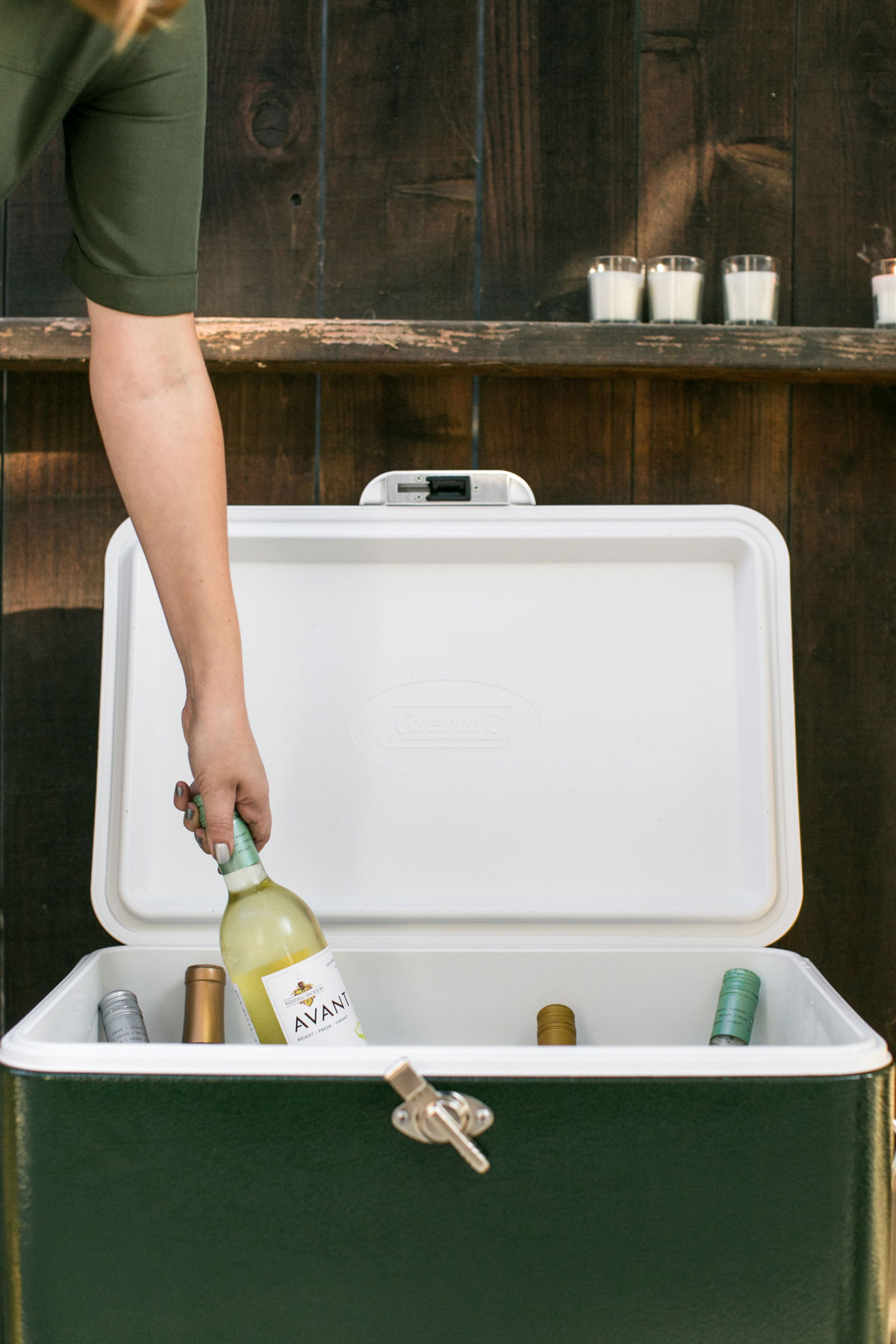 Kendall-Jackson AVANT Sauvignon Blanc chilling in a cooler.
