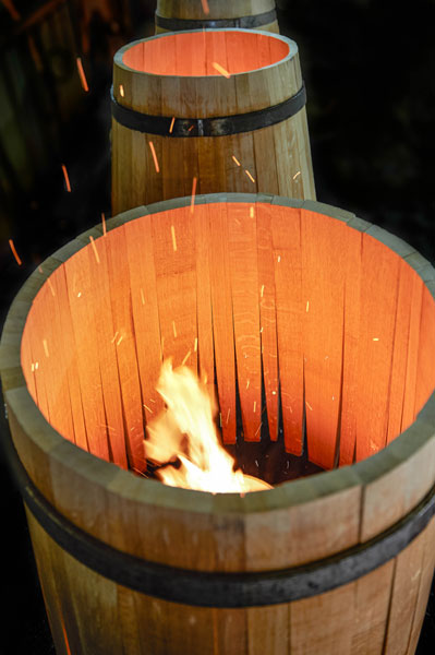 kendall-jackson-chardonnay-barrel-toasting