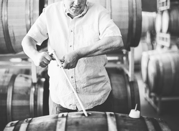 kendall-jackson-chardonnay-barrel