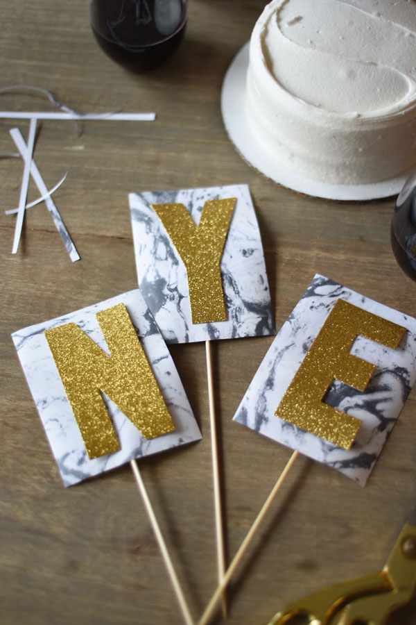 Wildly easy to make & super fun to customize, thisNew Year's Eve Cake Topper DIY is perfect for almost every occasion!