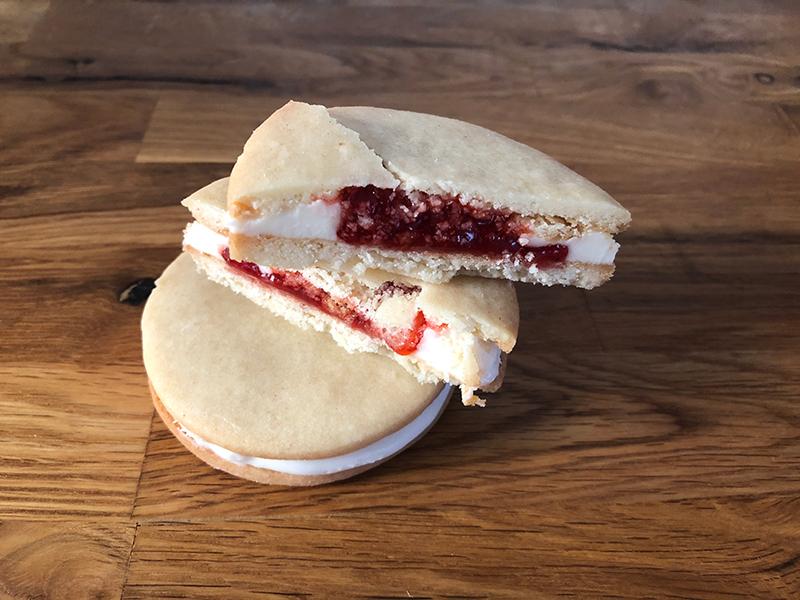 Strawberry Vanilla Cookie Sandwich