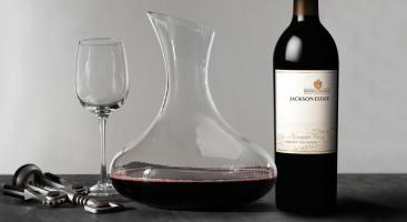 how-to-clean-wine-decanter