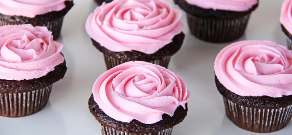 chocolate cupcakes with chardonnay buttercream frosting