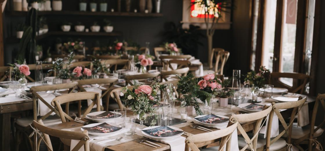 This weekend is your time to shine because we are going to throw you a family-style dinner party! You'll find tips, tricks, and a few tried and true tidbits to help get your party pants on & throw the best family-style dinner party there ever was.