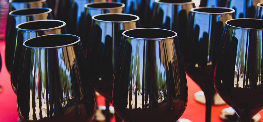 How To Conduct A Deductive Wine Tasting