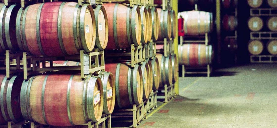 Oak wine barrels Painted Wine French Oak Versus American Oak How Do Barrels Affect Wines Grape Beginnings French Oak Vs American How Barrels Affect Wine