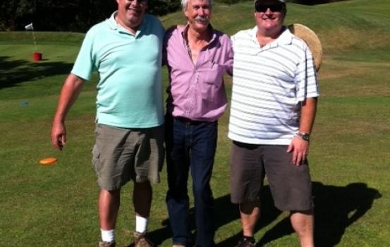 Winemaker golfing_3