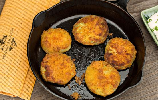 Fried Green Tomatoes with Tarragon Buttermilk Ranch Recipe