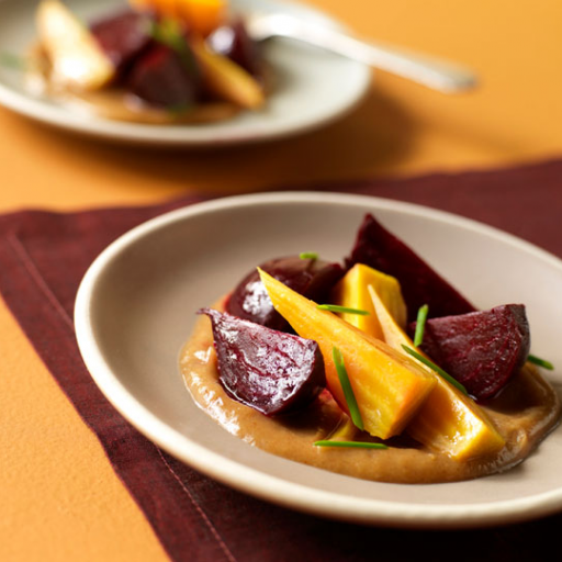 Beet Salad with Tangy Date Vinaigrette