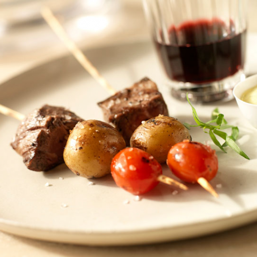 Grilled Beef Tenderloin and Heirloom Tomato Skewers